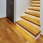 Placare trepte cu lemn